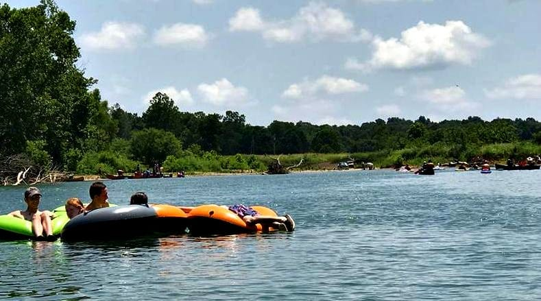 The Great Eleven Point River Float – Filled the river with people for sure!